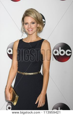 LOS ANGELES - JAN 9:  Chelsey Crisp at the Disney ABC TV 2016 TCA Party at the The Langham Huntington Hotel on January 9, 2016 in Pasadena, CA