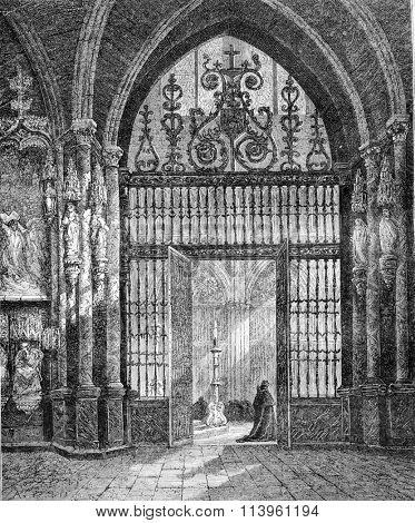 Iron gate forging the choir of the Cathedral of Burgos, Spain, vintage engraved illustration. Magasin Pittoresque 1870.