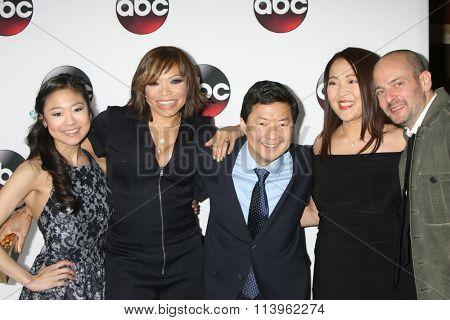 LOS ANGELES - JAN 9:  Krista Marie Yu, Tisha Campbell-Martin, Ken Jeong, Suzi Nakamura, J Slavin at the ABC TV 2016 TCA Party at the The Langham Huntington Hotel on January 9, 2016 in Pasadena, CA