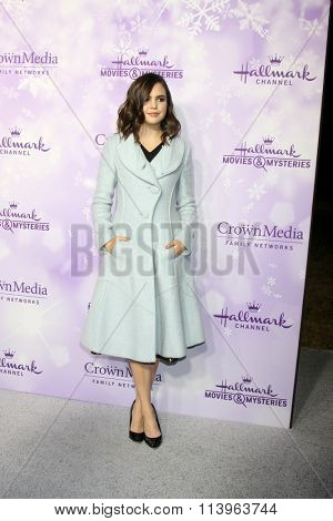 LOS ANGELES - JAN 8:  Bailee Madison at the Hallmark Winter 2016 TCA Party at the Tournament House on January 8, 2016 in Pasadena, CA