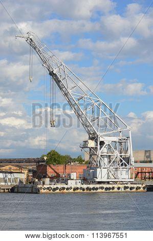 Floatingl Crane