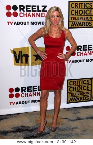 LOS ANGELES - JUN 20:  Camille Grammer arrives at the 1st Annual Critics' Choice Television Awards at Beverly Hills Hotel on June 20, 2004 in Beverly Hills, CA