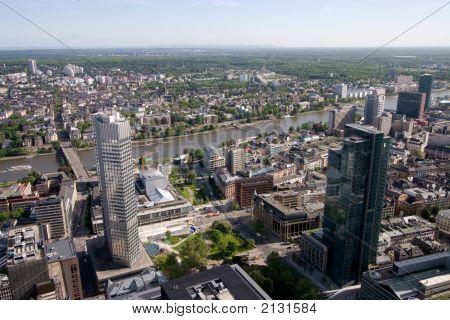 Frankfurt And Sachsenhausen