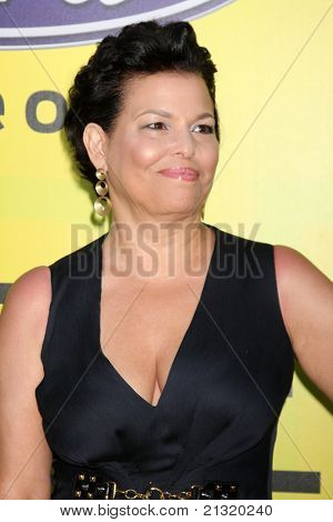 LOS ANGELES - JUN 25:  Debra L. Lee arriving at the 5th Annual Pre-BET Dinner at Book Bindery on June 25, 2004 in Beverly Hills, CA
