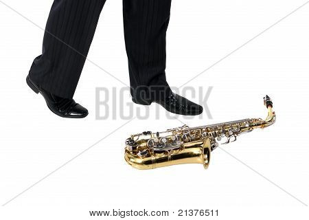 Sax On The Floor, Men's Foot