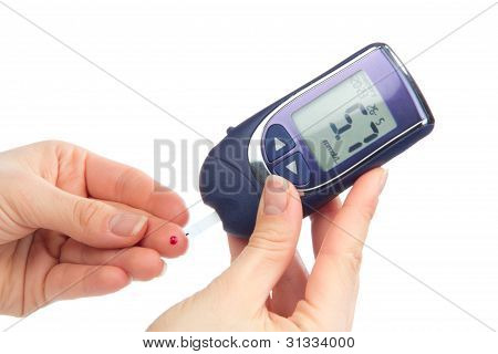 Diabetes-Patienten Messen Glukose Ebene Bluttest