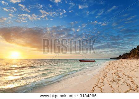 Sunrise On Nanuya Island