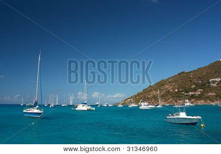 Clear torquoise water, tropical caribbean island