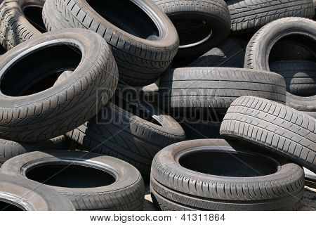 motor car rubber tyre heap