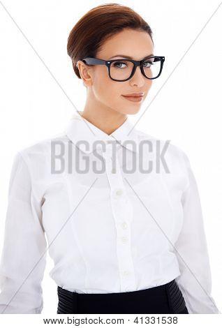 Schöne intelligente professionelle geschäftsfrau in Gläsern und eine einfache weiße Bluse, geben, verleihen ihr eine