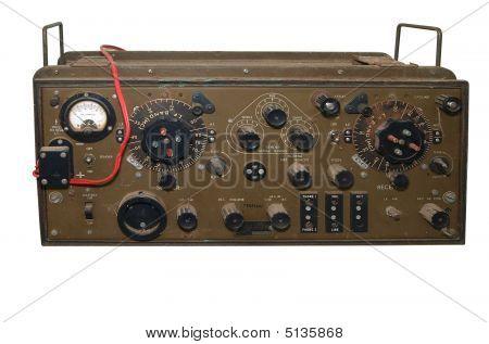 Radio militar antiguo