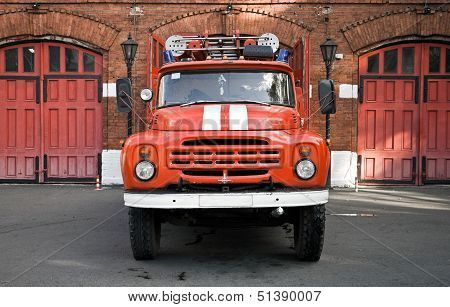 Classical Russian Fire Engine  Ready To Departure From The Gate Of Fire Station