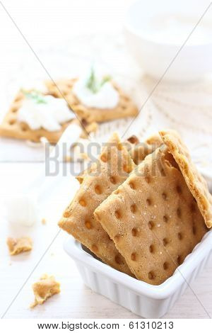 Gluten Free Crispbread With Cream Cheese And Dill