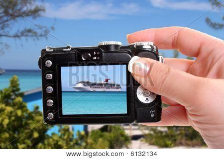 Tropical Ship Snapshot