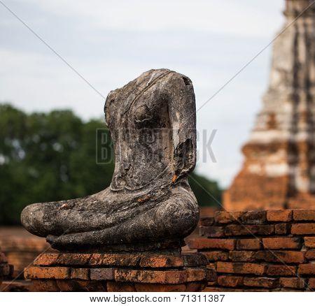 Ruins Of Buddha Statue At Chaiwatthanaram Temple, Ayutthaya .