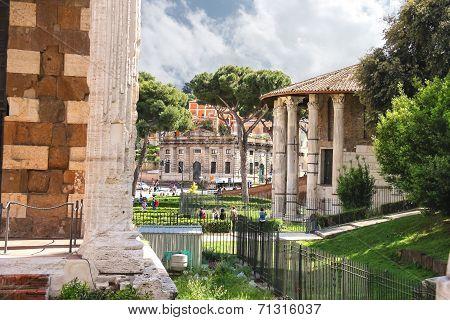 Temple Of Hercules (tempo Di Ercole Vincitore) And The Temple Portun (tempo Do Portunus)  In Rome, I