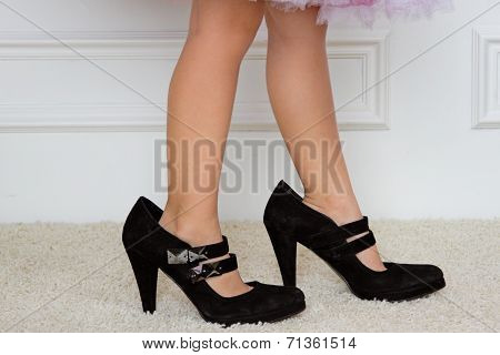 Baby Foot In Women's High-heeled Shoes