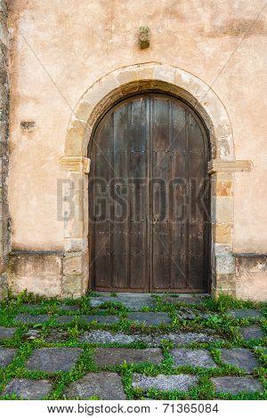 Nice Antique Door In A Rural House