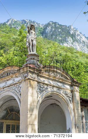 Afrodita Statue In Baile Herculane