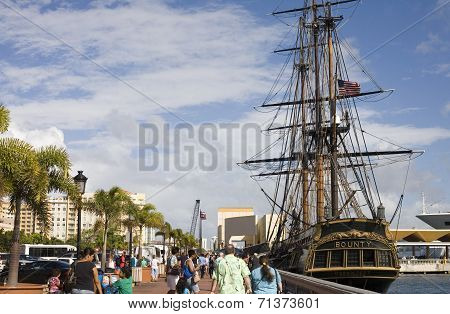 Replica Hms Bounty In Puerto Rico