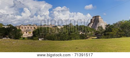 Uxmal In Mexiko- Panorama With Temple And Pyramid