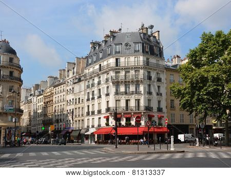 Landmark Le Saint Germain Restaurant, Paris France.