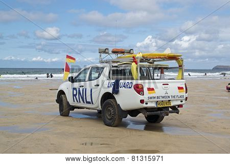 LIFE GUARDS RNLI ENGLAND