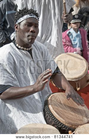 Jerusalem, Israel - March 15, 2006: Purim Carnival, Street Musician Playing The Tam-tam Drums.