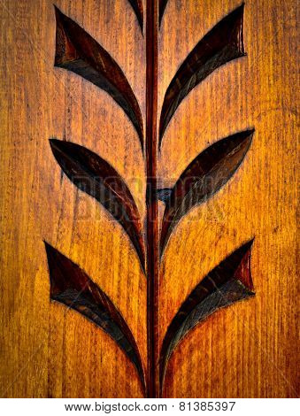 Floral Carved Wooden Pattern
