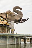 pic of ban  - Side View of elephant dome of Wat Ban - JPG