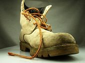 ������, ������: Military Boot Old Heavy And Destroyed