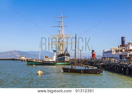 Vintage 1886 Sailing Ship, Balclutha, And 1914 Paddle Wheel Tug Boat, Eppleton Hall, On Public Displ