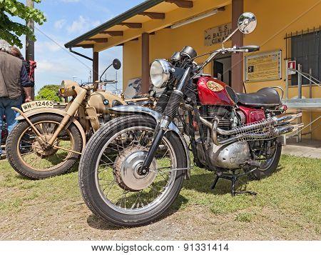 Vintage Motorcycle Bsa Spitfire 650