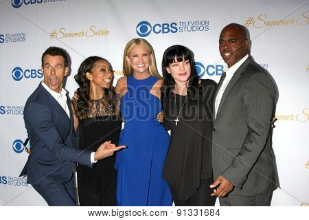 LOS ANGELES - MAY 18:  Cameron Mathison, Nischelle Turner, Nancy O'Dell, Pauley Perrette, Kevin Frazier at the CBS Summer Soiree 2015 at the London Hotel on May 18, 2015 in West Hollywood, CA