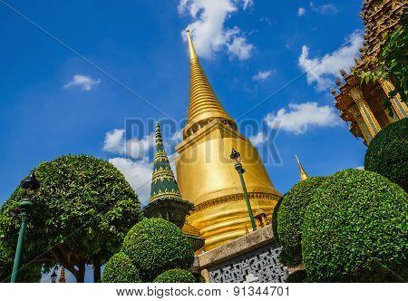 Classic golden buddhist chedi in Bangkok, Thailand
