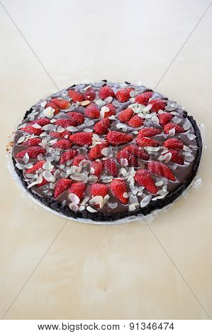 Strawberry Pie With Chocolate And Almond