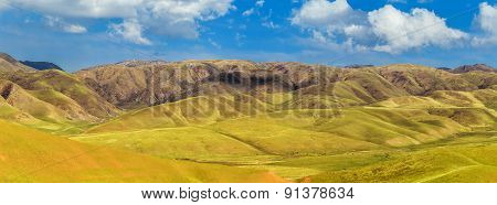 Tibetian mountain landscape