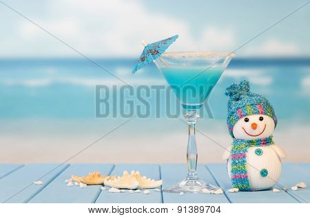 Cocktail, snowman and starfish