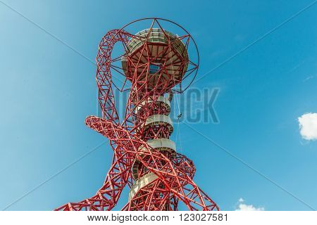London United Kingdom - August 22 2015:Abseiling experience in ArcelorMittal Orbit Queen Elizabeth Park. People slowly riding down to the ground using a rope