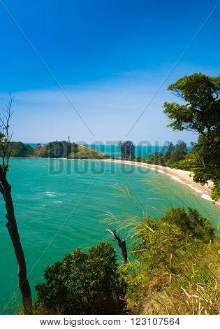 Lagoon Seascape In a Blue Heaven