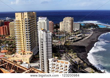 PUERTO DE LA GRUZ, SPAIN - DECEMBER 27, 2010: Canarian resort town of Puerto de la Cruz on Tenerife Island