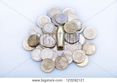 Many Coins And Tomb