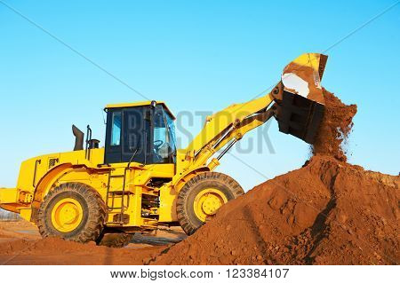 wheel loader excavator earthmoving