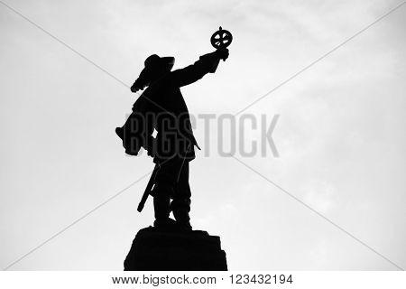 Samuel de Champlain statue silhouette in Ottawa