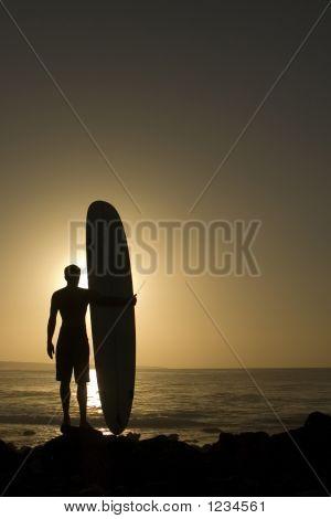 Longoard bei Sonnenuntergang