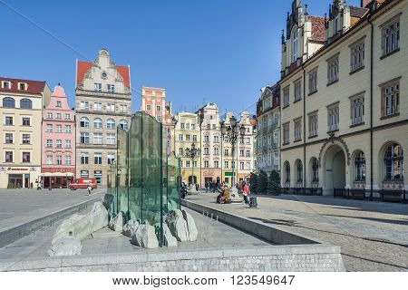 Wroclaw, Poland - Circa March 2012: Fontain On Central Market Square In Wroclaw,  Poland