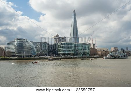 London, Uk - Circa March 2012: View Of Southwark, City Hall And Shard Building In  London