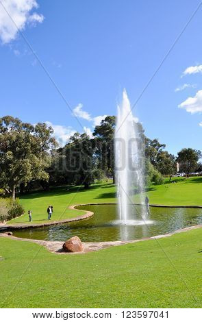 PERTH,WA,AUSTRALIA-AUGUST 22,2015: Pioneer Women's Memorial fountain and people at King's Park in Perth, Western Australia.