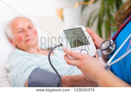 Digital Blood Pressure Measuring