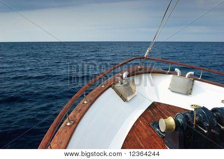 Bow of Pleasure-Boot Segeln Ägäis